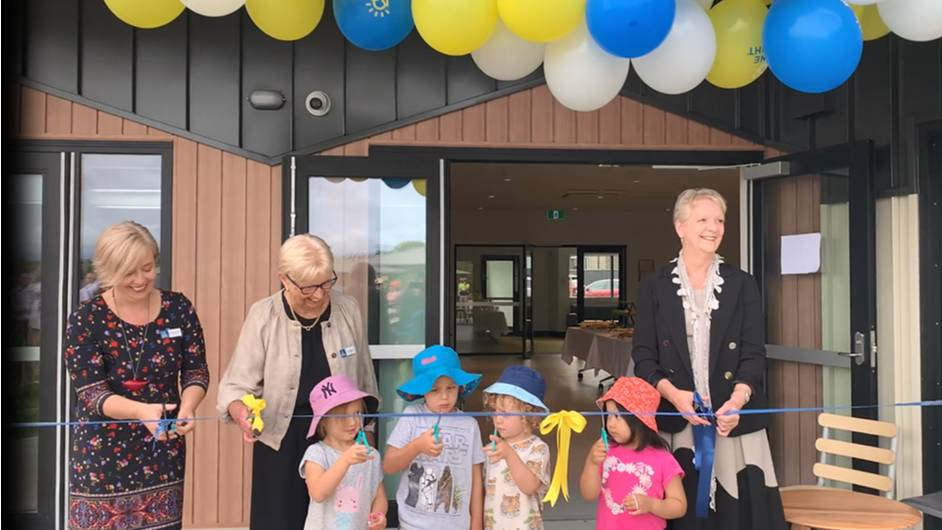 EXCITEMENT: Hub manager, Belinda Quinn, Shine Bright Maiden Gully board member, Pam Jenkins, and Bendigo West MP Maree Edwards opening the new hub. Photo: SUPPLIED