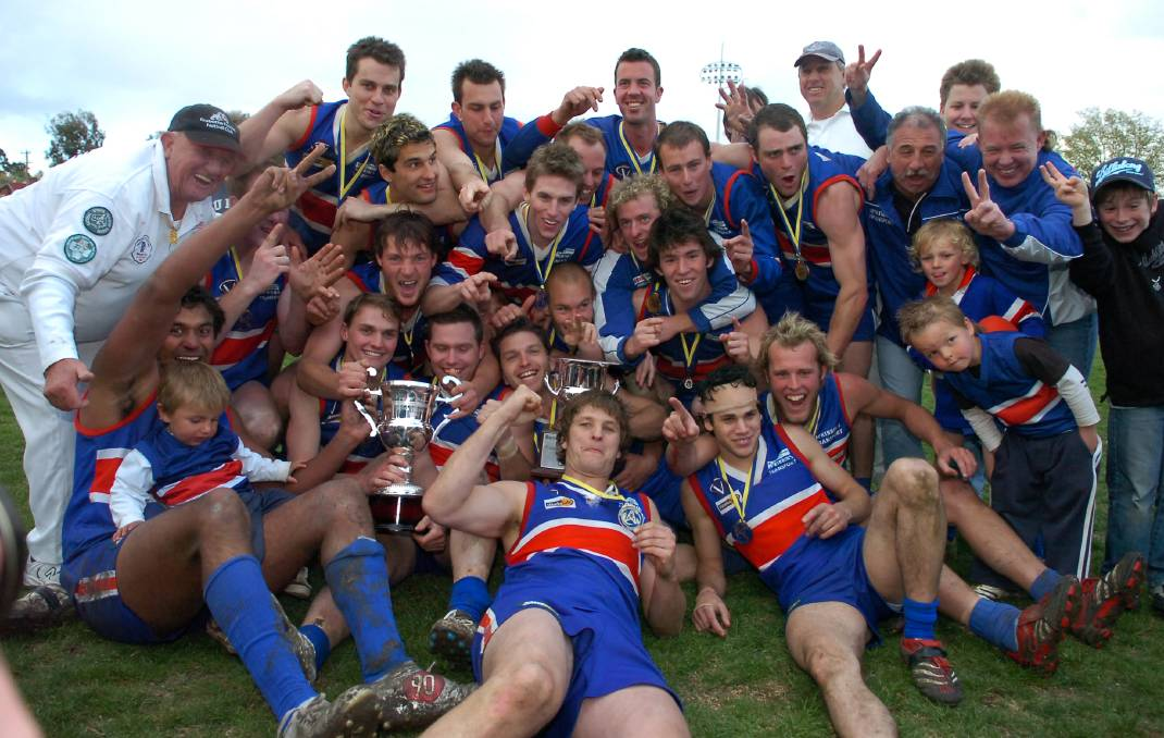 BULLDOGS' GLORY: Gisborne's 2006 premiership team. The Bulldogs defeated Golden Square by 25 points in the grand final to cap an 18-3 season.