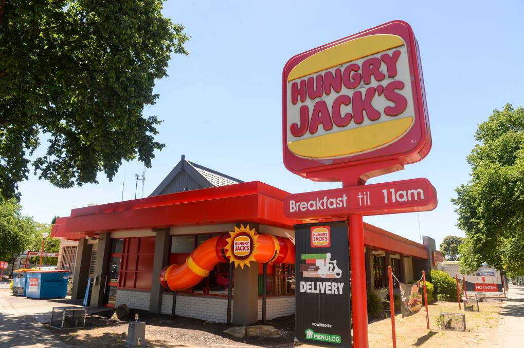 Adrian Laird demanded money from Hungry Jack's Bendigo, while armed with a pair of scissors. Picture: DARREN HOWE