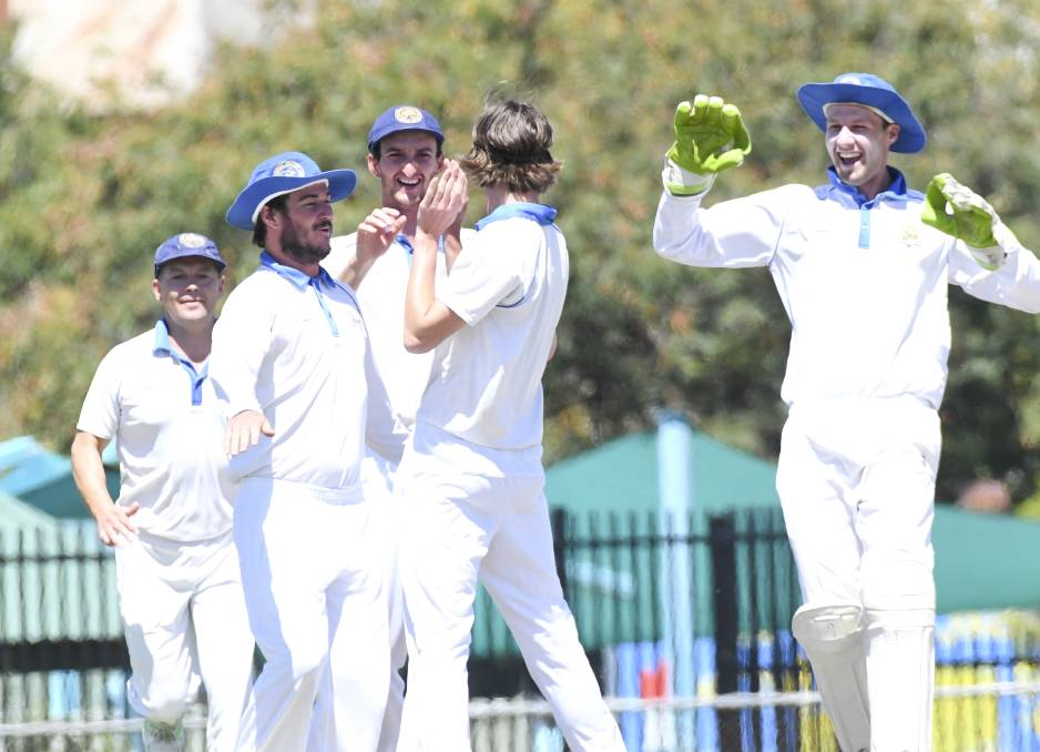 Huddles and high fives are discouraged in Cricket Victoria's return to play guidelines.