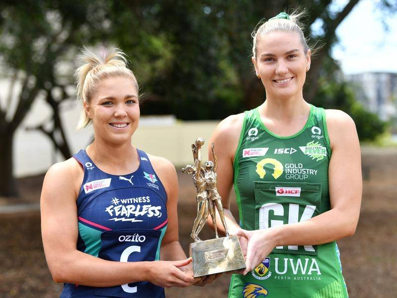Kate Moloney (l) and Courtney Bruce (r) will lead their teams in Super Netball's grand final.