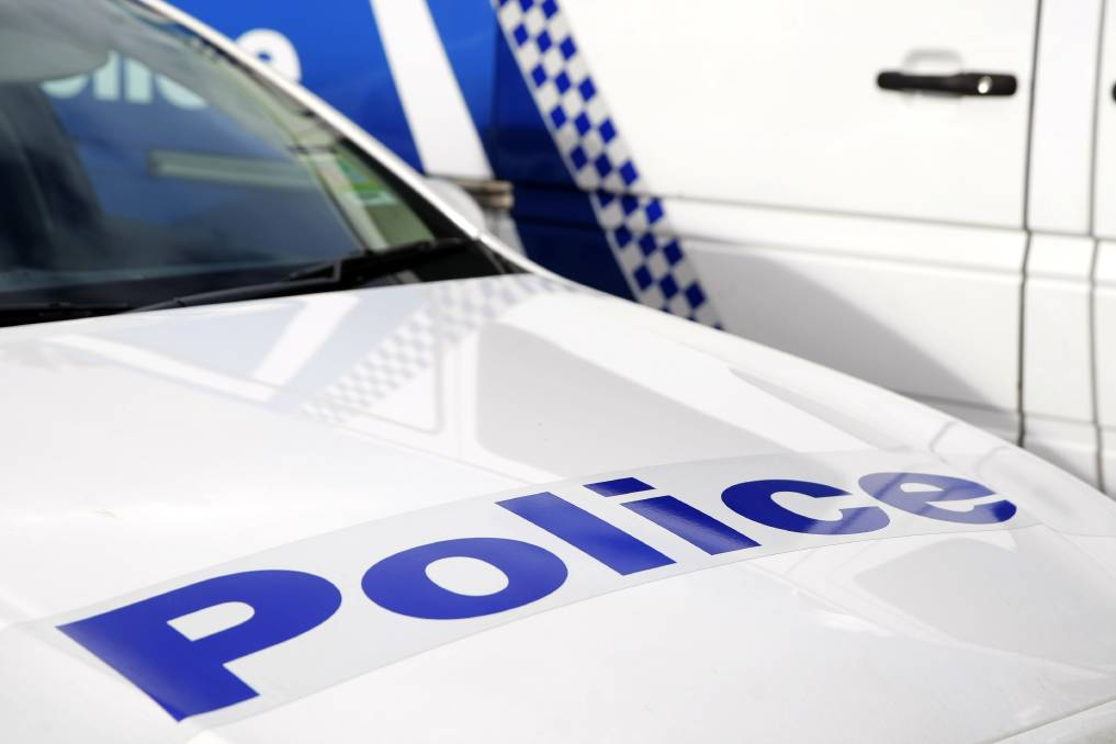 Driver loses licence after speeding at 220km/h on the Calder Freeway
