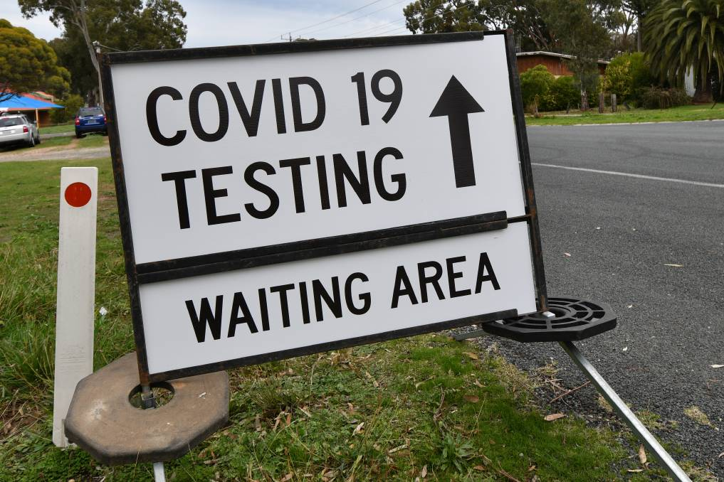 Victoria's COVID-19 cases rise but region's numbers remain unchanged
